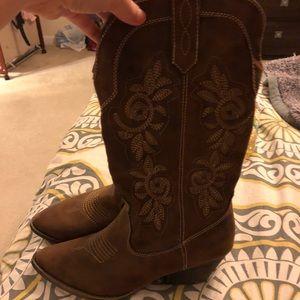 NWOT cowboy boots